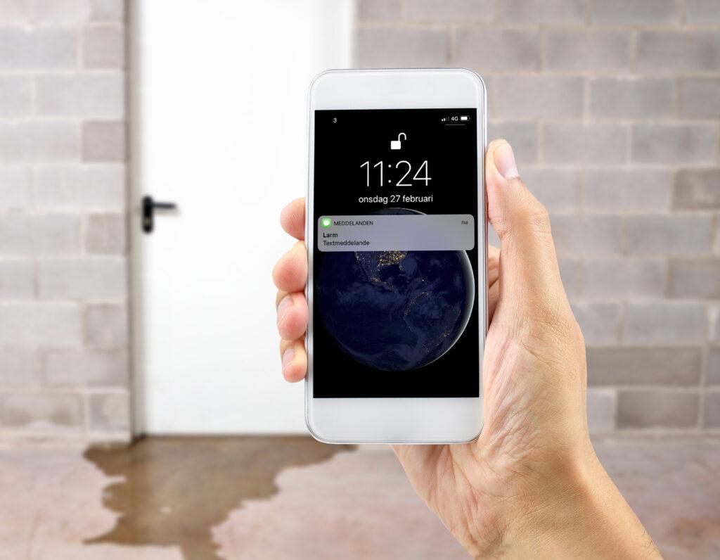 Får larm via SMS vid vattenläcka.